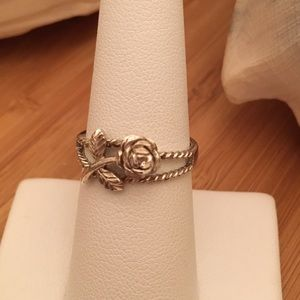 Vintage Sterling Silver Rose Ring Size 7. Unique